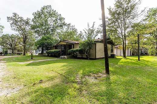 115 Lost Oak - Photo 1