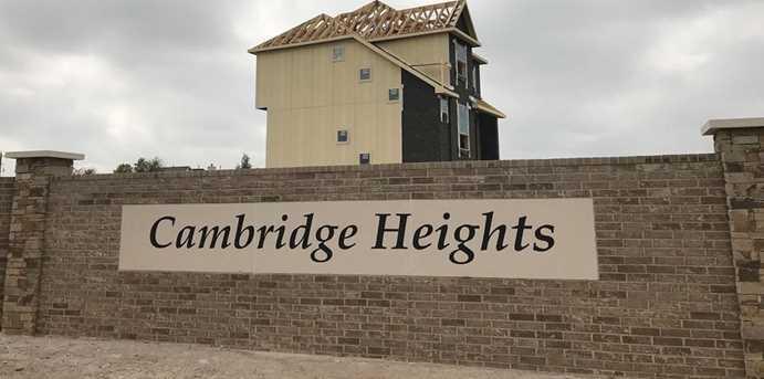 2015 Cambridge Heights - Photo 2