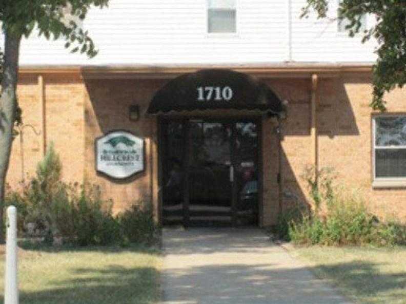 1710 Muny Vista Dr, Alton, IL 62002