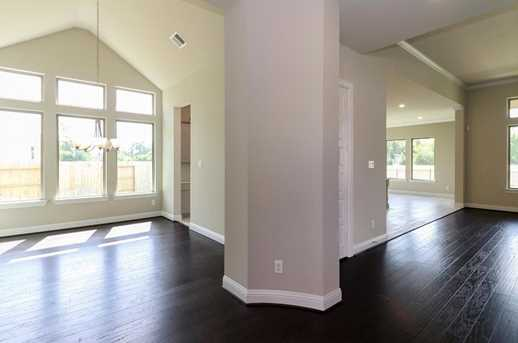 9206 Pebblestone Ridge - Photo 10