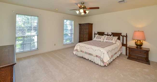 17423 Rustic Canyon Trail - Photo 18