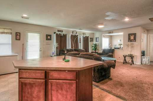 11722 Wainscot Ct - Photo 10