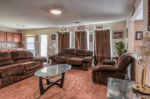 11722 Wainscot Ct - Photo 8