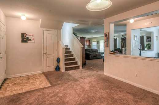 11722 Wainscot Ct - Photo 2