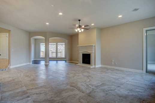 11119 Mayberry Heights - Photo 10