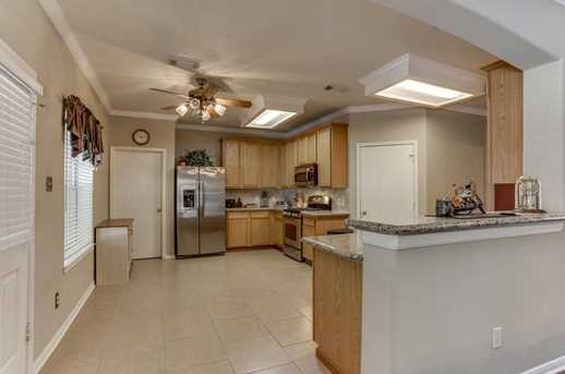 9842 Clubhouse - Photo 8