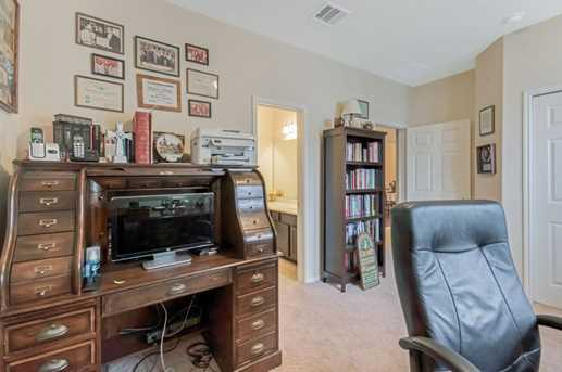 1745 Coral Cliff - Photo 10