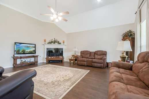 1745 Coral Cliff - Photo 20