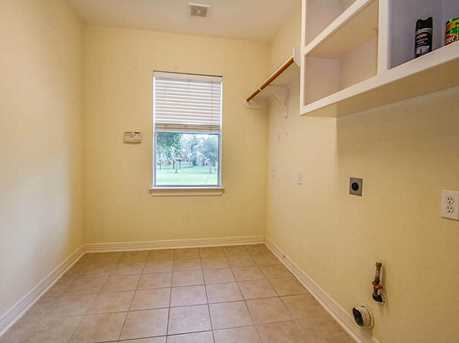 8810 Saxonwood - Photo 26