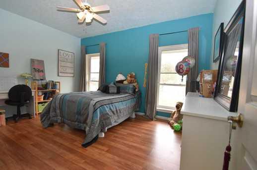 34125 Lynnwood Court - Photo 18