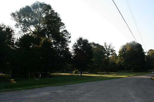 403 Maple Leaf - Photo 2