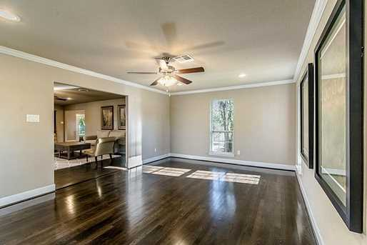 5402 Willowbend - Photo 4