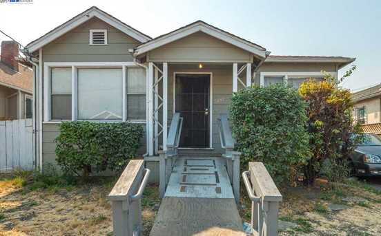 1438 82nd Ave - Photo 1
