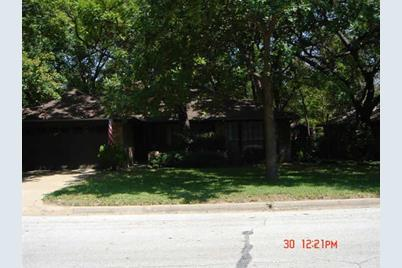 1203 Palm St, Mansfield, TX 76063 - MLS 10614098 - Coldwell Banker