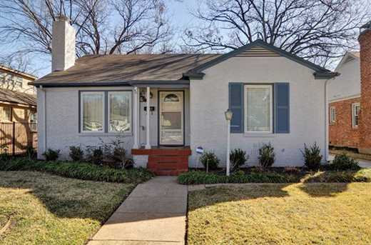 3249 Rogers Ave - Photo 1