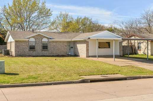 1022 E Dallas Street - Photo 1