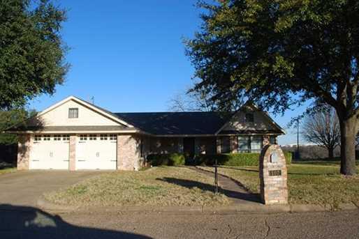 107  Garland Drive - Photo 1