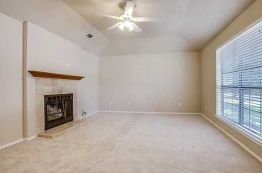 2313 Creighton Dr - Photo 1