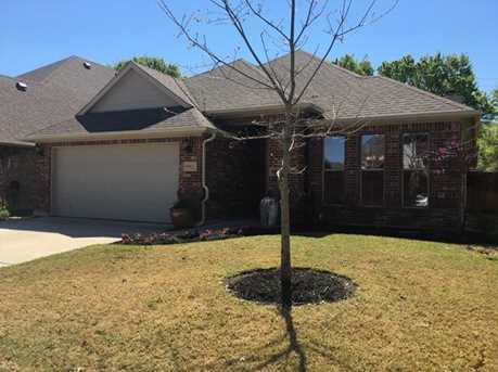9913 Rolling Hills Dr - Photo 1