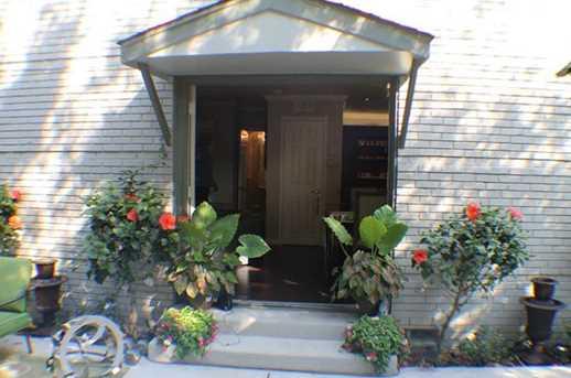 5021 N Hall Street N - Photo 1