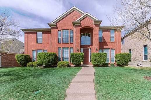 9300 Hunter Chase Dr - Photo 1