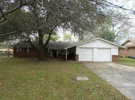 5604  Trail Lake Drive - Photo 1