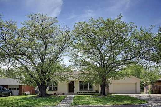 3129  Meadow Oaks Drive - Photo 1