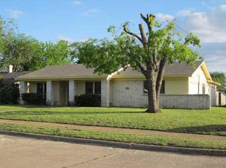 1614  Goliad Drive - Photo 1