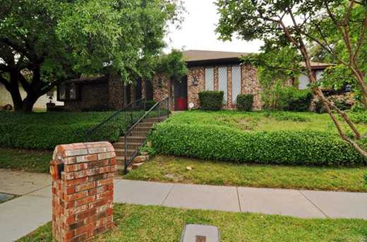 3541  Briarcliff Court N - Photo 1