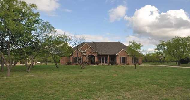 175  Woodbluff Court - Photo 1
