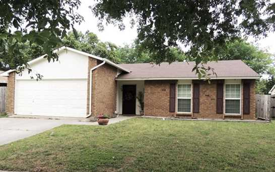 7304  Sorrell Court - Photo 1