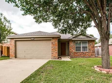 2320 Lookout Ln - Photo 1