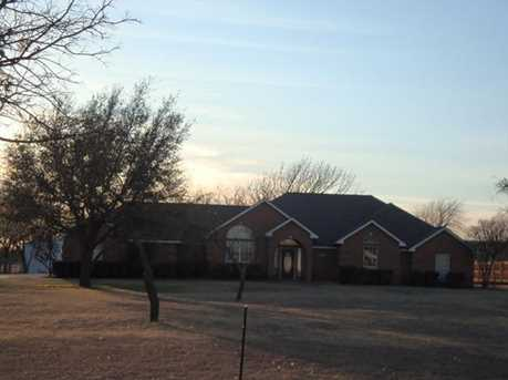 1224 W Cleburne Rd - Photo 1