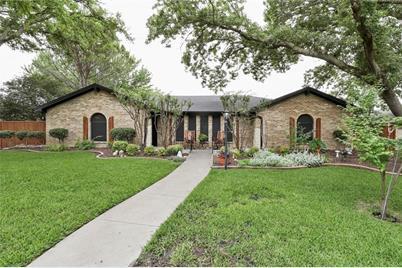 2521 Cedar Elm Ln, Plano, TX 75075 - MLS 14106760 - Coldwell
