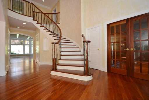 1210 Turnberry Drive - Photo 2