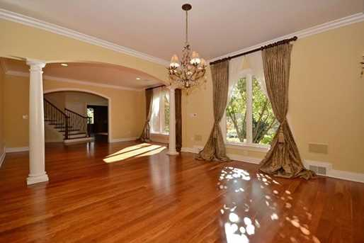 1210 Turnberry Drive - Photo 4