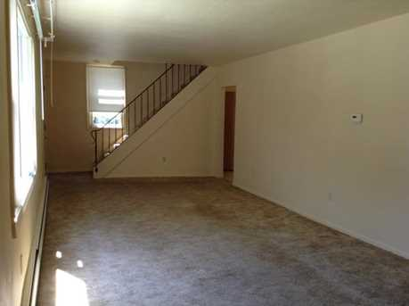 552 Hansen Avenue - Photo 14