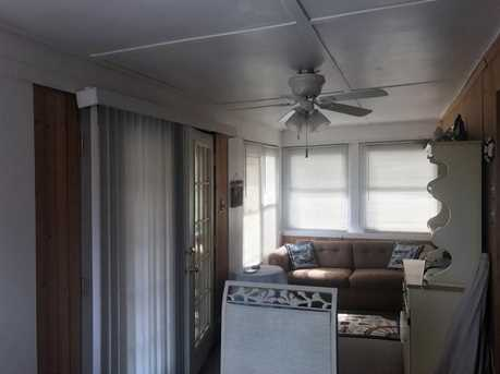 2586 Lakeview Rd - Photo 8