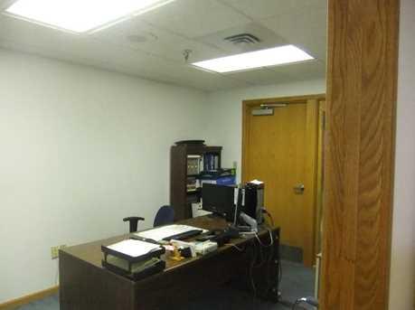911 Ligonier Street Suite 002 - Photo 4