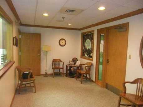 911 Ligonier Street Suite 002 - Photo 2