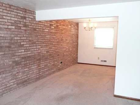 1685 Brodhead Rd #11 - Photo 4