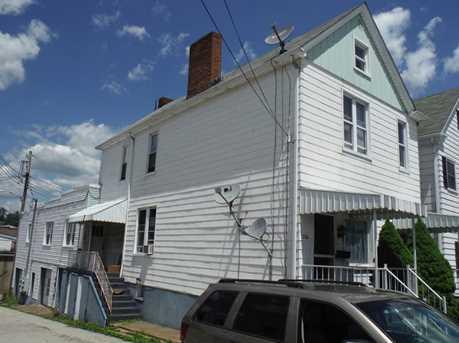 138 Sumner Ave - Photo 2