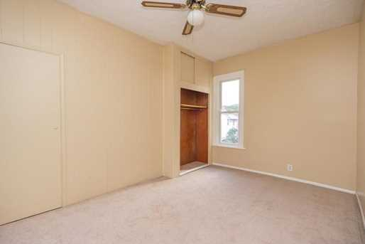 725 10th Ave - Photo 12