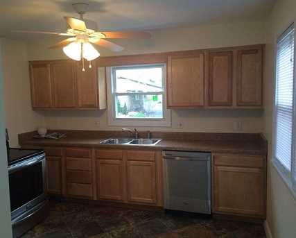 931 Temple Ave - Photo 4