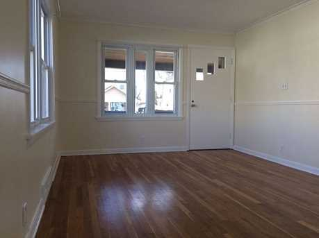 931 Temple Ave - Photo 2