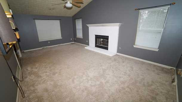 1001 Whispering Woods Dr - Photo 10