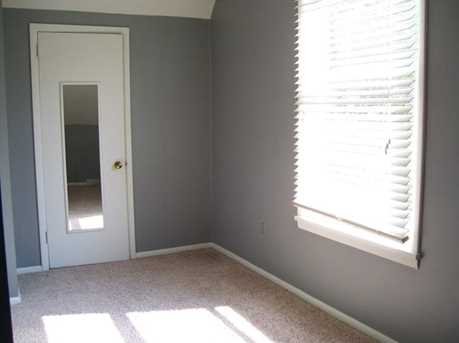 207 Meadow Ave - Photo 8