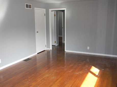 617 Sumner Ave - Photo 4