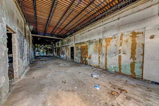 1600 Texas Avenue - Photo 6