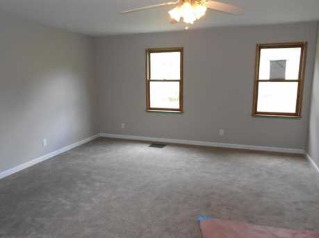 670 Moore Rd - Photo 4